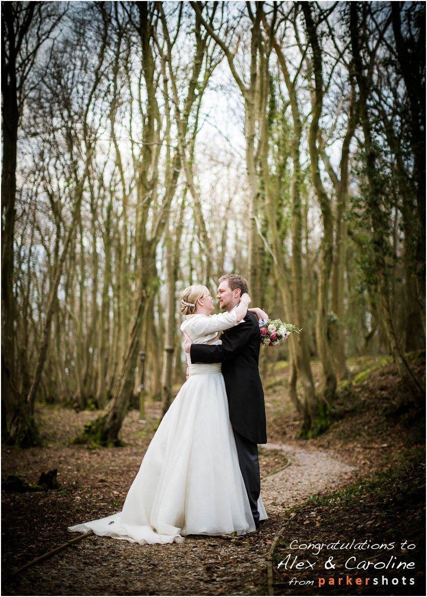 Wedding Photographer Swallows Oast