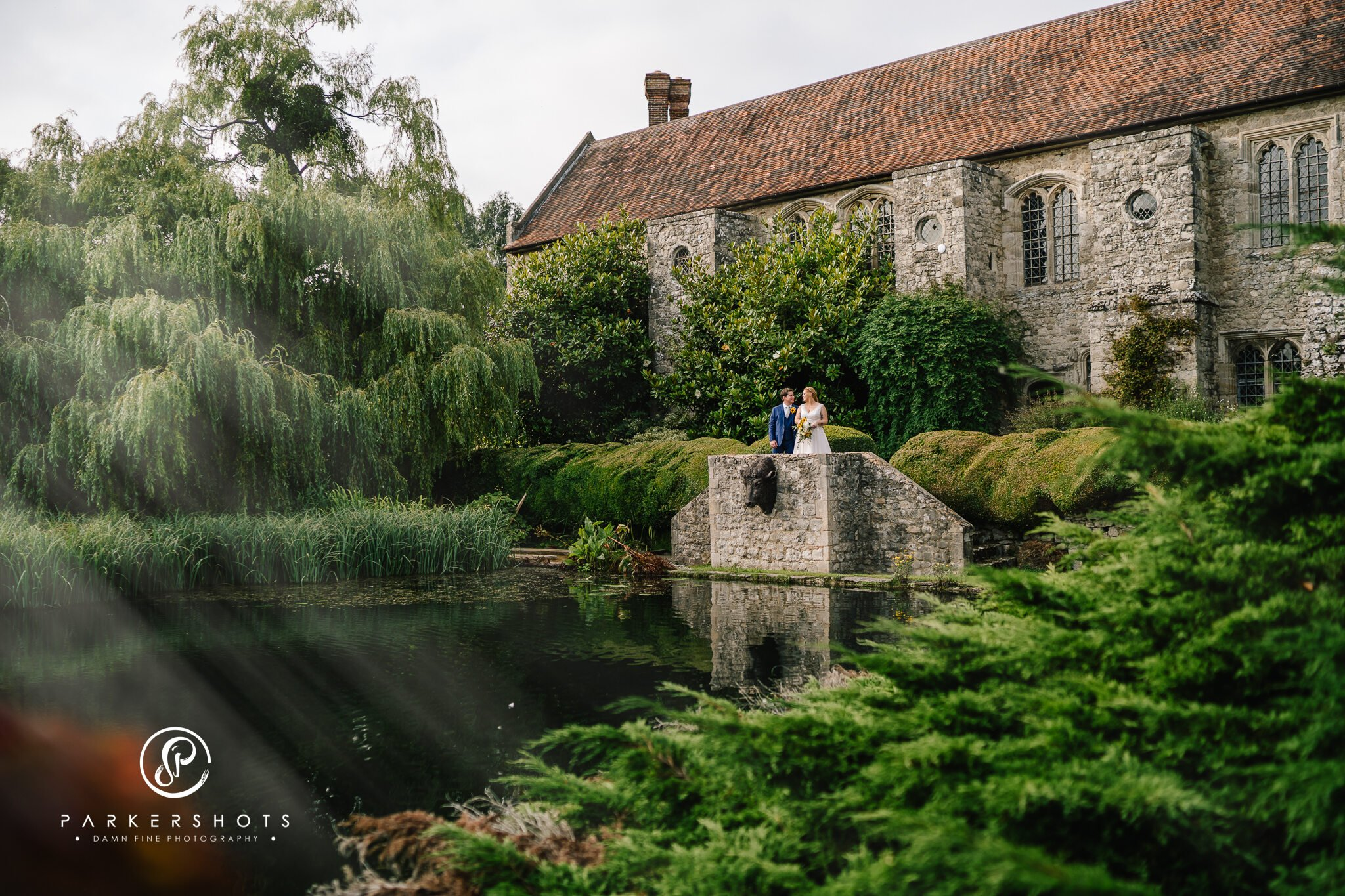 Recommended wedding photographer Nettlestead Place